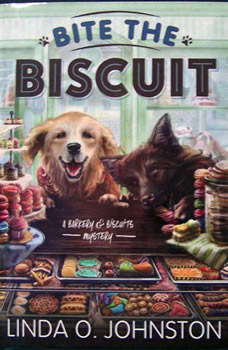 Bite the Biscuit: A Barkery & Biscuits Mystery, Linda O. Johnston